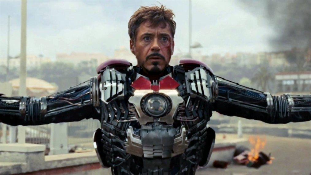 video-iron-man-2-suitcase-suit-superjumbo